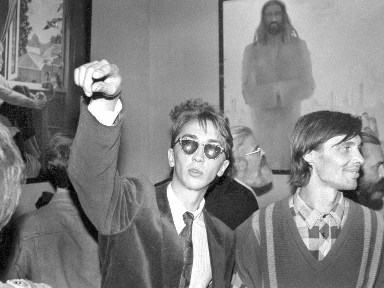 Юрий Эсауленко и Виталий Коньшин (справа) на открытии выставки «Третье измерение»